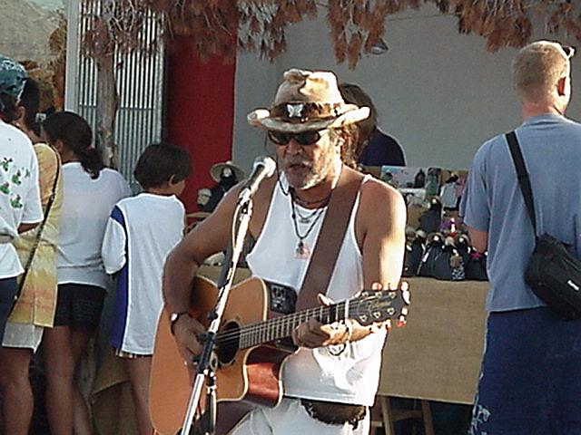 Eric singing - Hippie Market, el Pilar, Sept.13, 2000