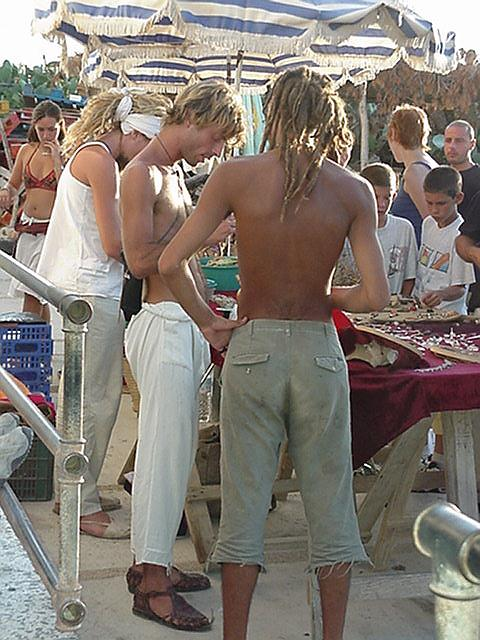 Dreadlocks - Hippie Market, el Pilar, Sept.13, 2000