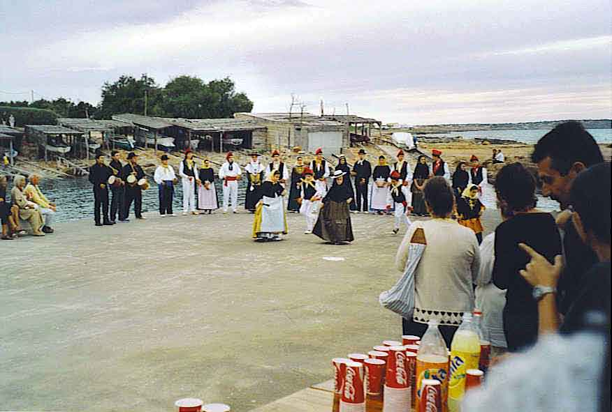 Jig - Fiesta in Es Calo Harbour, Oct.11, 2003